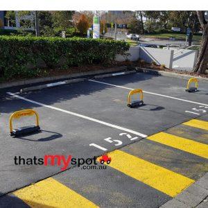 Smartphone parking bollard - TMS-APL4 - installation bitumen