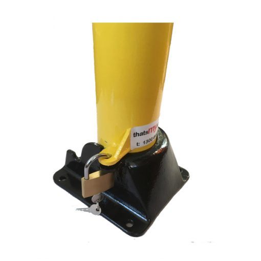manual-folding-parking-bollard-TMS-B04-and-TMS-B06-close-up-to-show-padlock