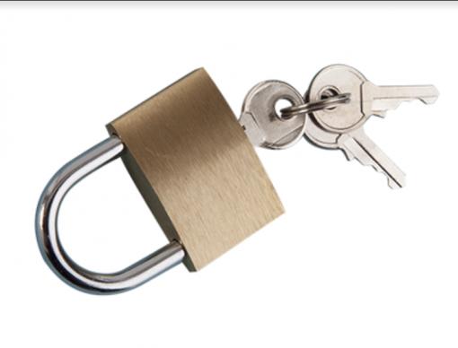 Heavy-duty-manual-parking-bollard-with-padlock