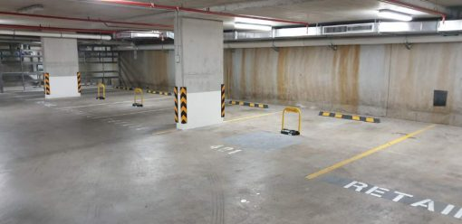 extra-large-smartphone-parking-bollards-installed-indoors-tms-apl5-and-tms-apl6