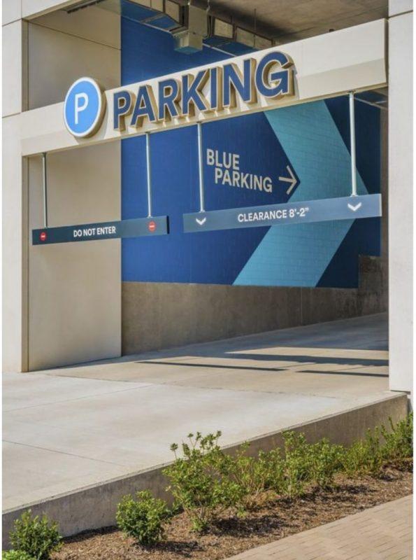 Dallas Parking lot entrance